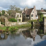 https://www.nationaltrust.org.uk/scotney-castle