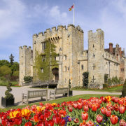 https://www.hevercastle.co.uk/
